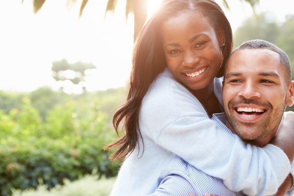 Couple heureux Caroline Kinesiologie